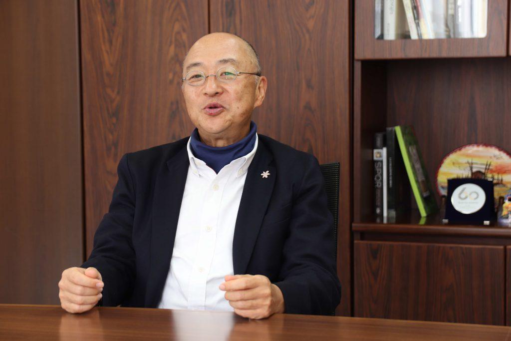 ジローレストランシステム株式会社 代表取締役社長 佐藤 治彦2